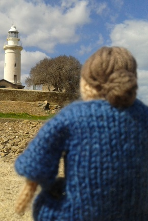 Virginia woolf, knitted, to the lighthouse,