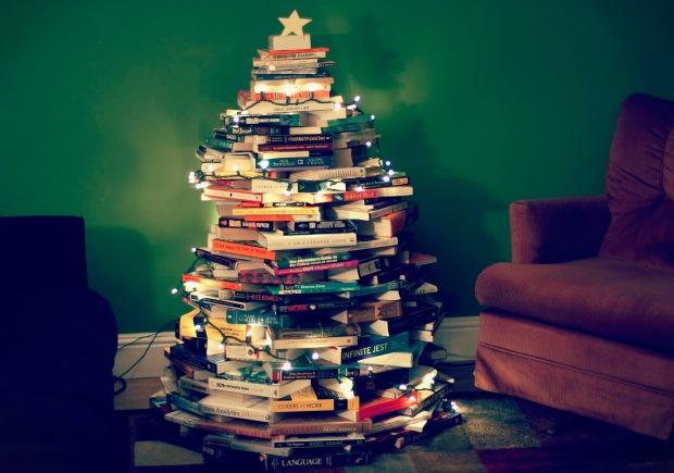 book-christmas-tree-9